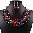 insieme della Boemia dei monili perline colorate delle donne (tra cui collane orecchini)