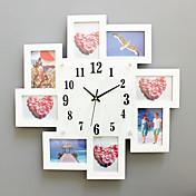 コンテンポラリー ハウス型 壁時計,方形 ガラス / ウッド 52*52cm 屋内 クロック
