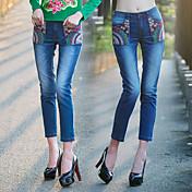 2015新しい刺繍摩耗白デニムのパッチポケットストレートジーンズパンスト女性0を洗浄し、新しい署名