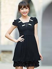 女性のビーズのフリルプリーツドレス