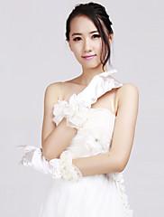 très beaux gants de mariée à fleurs perlées et volants
