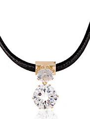Dámské Obojkové náhrdelníky Náhrdelníky s přívěšky Zirkon Kožené Módní Nastavitelná Přizpůsobeno Černá Šperky Denní Ležérní 1ks