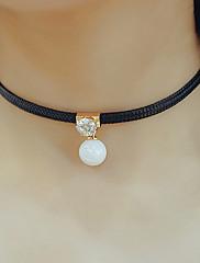 Dámské Obojkové náhrdelníky Náhrdelníky s přívěšky Perly Kožené Módní Nastavitelná Přizpůsobeno Černá Šperky Denní Ležérní 1ks