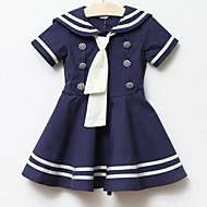Leányiskola stílusú ruha