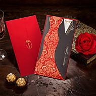 Nem személyre szabott Felöltő & Zseb Esküvői Meghívók Meghívók-50 Darab / készlet Menyasszony és vőlegény stílusa Kártyapapír 21,5*11,5 cm