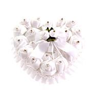 blonder hjerte form med hvit rose og bue