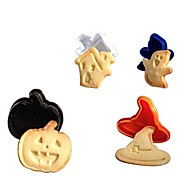 Set of 4 3D Halloween Stereo Cookie Cutter 15*10*5cm (Random Color)