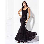 TS Couture® Black Tie Gala Dress Plus Size / Petite Trumpet / Mermaid V-neck Floor-length Sequined with Sequins