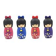 4gb Artoon japanilainen nukke USB 2.0 Flash muistitikusta satunnainen väri