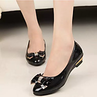플랫 - 캐쥬얼 - 여성의 신발 - 컴포트 / 뾰족한 앞코 / 닫힌 앞코 - 에나멜 가죽 - 낮은 굽 - 블랙 / 그린 / 핑크 / 퍼플 / 화이트 / 베이지