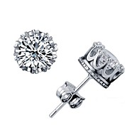 Beautiful Elegant 18 K Gold Diamond Stud Earrings