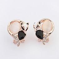 HOT 2016 Little Cute Fox Personality Fashion Opals Stud Earrings Lovely Women Fine Rhinestone Animal Jewelry