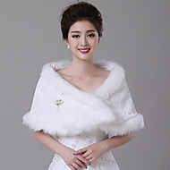Women's Wrap Shawls Sleeveless Faux Fur White / Red Wedding / Party/Evening / Casual Bateau  Feathers / fur Hidden Clasp