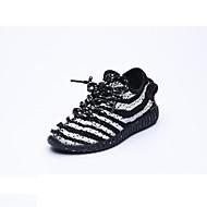 לבנים-נעלי אתלטיקה-גומי-אחר-שחור לבן-שטח ספורט-עקב שטוח