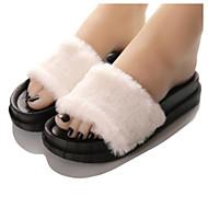 Feminino-Chinelos e flip-flops-Chanel-Rasteiro--Borracha-Casual