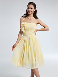 Knee-length Chiffon Bridesmaid Dress - Daffodil Plus Sizes / Petite A-line / Princess Strapless / Sweetheart
