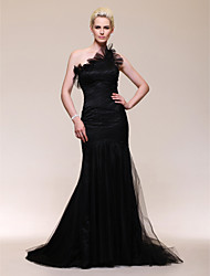 Formal Evening Dress - Black Plus Sizes / Petite Trumpet/Mermaid One Shoulder Sweep/Brush Train Tulle