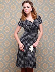 ts do vintage de veludo vestido às bolinhas fishtail