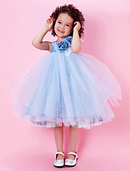 Lanting Bride A-line / Ball Gown / Princess Knee-length Flower Girl Dress - Taffeta / Tulle Sleeveless Jewel withDraping / Feathers / Fur