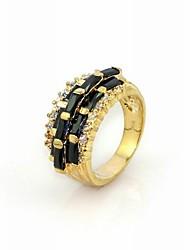 meravigliosa black cubic zirconia platinato forma irregolare anello di moda