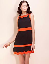 TS Contrast Color Wave Trimmed Dress