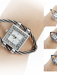 Women's Silver Watchcase Style Steel Analog Quartz Bracelet Watch (Assorted Colors) Cool Watches Unique Watches