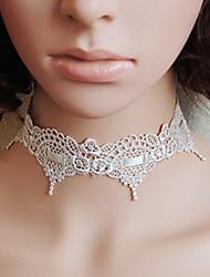 Damen Gothic White Lace Mix Ribbon Königliche Halskette