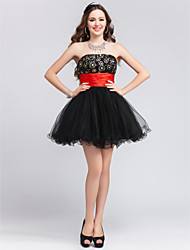 Ball Gown Strapless Short/Mini Tulle Cocktail/Prom Dress