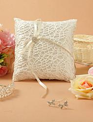 Klassische Themen White Lace Satin mit White Ribbon Bow Ring Pillow