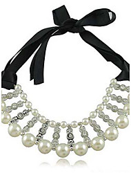 Femmes Bilayeres Diamond Pearl Necklace