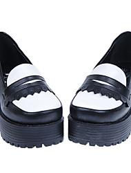 Main blanc et noir en cuir PU talon Chunky 5cm Classic Chaussures Lolita