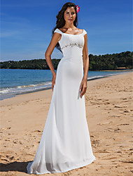 Lanting Bride® Sheath / Column Petite / Plus Sizes Wedding Dress - Chic & Modern / Glamorous & Dramatic Sweep / Brush Train Scoop Chiffon