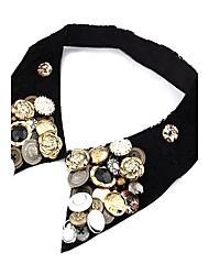 Vintage Badge Button Faux-collar Necklace