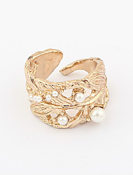 Women's  Pearl Leaf Pattern Opening Gold Plated Alloy Ring