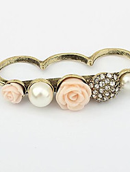 Women's Vintage  Rose Eleagnt Tricyclic Ring