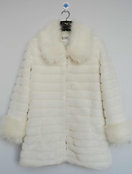 Long Sleeve Turndown Collar Faux Fur Casual/Party Coat(More Colors)