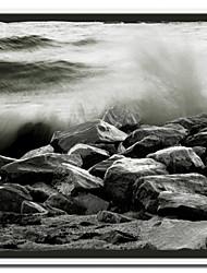 Imprimé sur toile Splash # 2 par Harold Silverman - Plage, palmiers et phares avec cadre Strethed