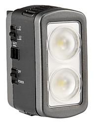 F & V Luce LED-60 Professional su fotocamera / videocamera