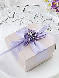 Boîte de faveur Cuboid avec ruban et fleurs de lilas (Set of 30)