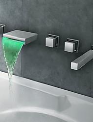 Verchroomd roestvrij staal Tuit LED Thermochrome waterval badkamer bad kraan