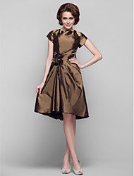 Lanting Bride® Dress Sheath / Column Jewel Knee-length Taffeta with Flower(s) / Tassel(s) / Criss Cross