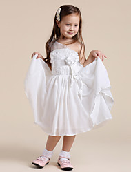Une épaule robe de couleur unie de fille