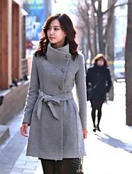 Women's Lapel Trench Coat With Belt