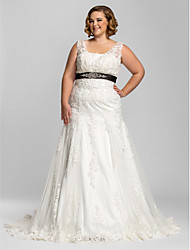 Trumpet/Mermaid Plus Sizes Wedding Dress - Ivory Court Train Straps Lace