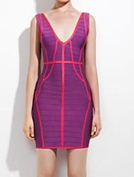 Женская Красном ковре V-образным вырезом спинки Пышная бинты мини-платье