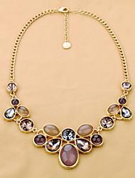 El estilo occidental de aleación y collar de piedras preciosas
