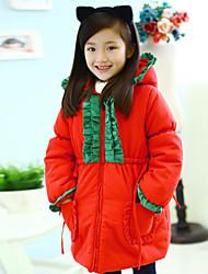 Mädchen mit grünen Rüschen & Red Hat Baumwolle gepolstert