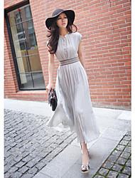 Lady manches longues robes des femmes