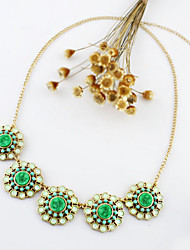 Kayshine Green Diamond Daisy Necklace