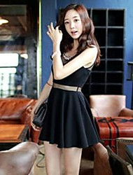 Women's Solid Black Dress , Sexy Round Neck Sleeveless Pleated/Mesh/Beaded